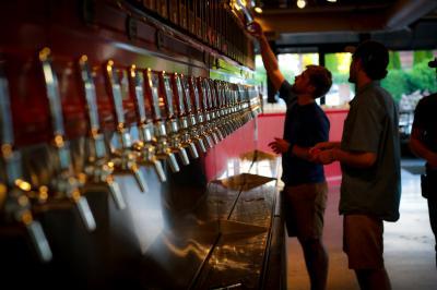 avl-beer-week-2081